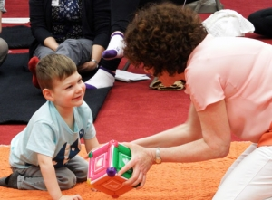 Anat Baniel connects with a child